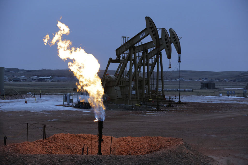 Oil well flaring gas