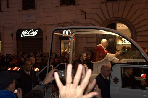 The Pope at the Spanish Steps for the Feast of the Immaculate Conception