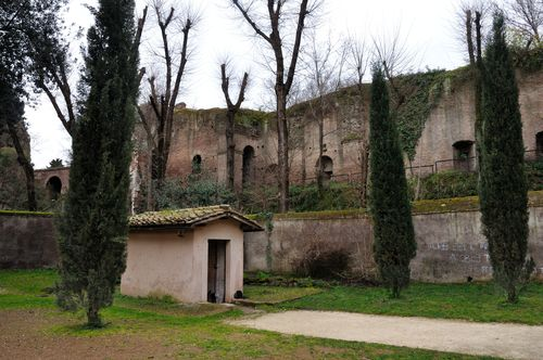 Columbarium of Pomponio Hylas, from outside, at Parco degli Scipioni