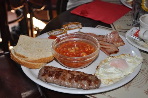 English breakfast at the Abbey Theatre