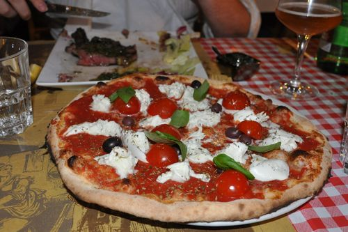 Pizza and steak at Al Grottino, fiaschetteria in Rome