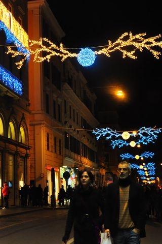 Via Tomacelli at Christmas