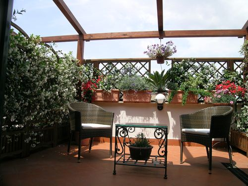 Althea Inn terrace in Rome
