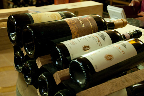 Wine, a great gift for Italophiles
