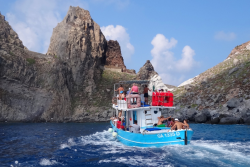 Taking a boat around Ponza