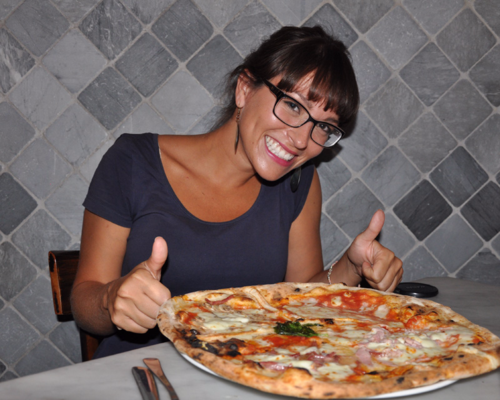 Pizza at Da Sorbillo Napoli - another reason to take a day trip to Naples